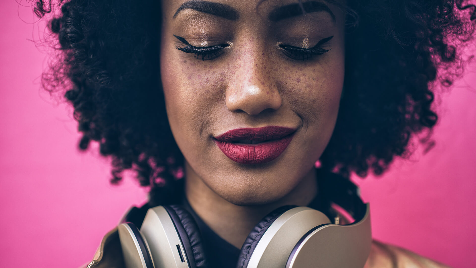 Why You Should Promote Your Business with a Podcast